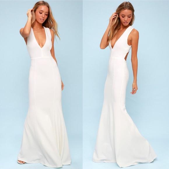 bc6bcb4da1f Lulu s Dresses   Skirts - Heaven and Earth White Maxi Dress